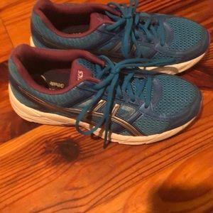 ladies tennis shoes